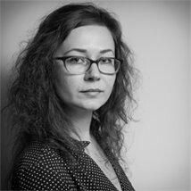 37 - ELENA - UI designer